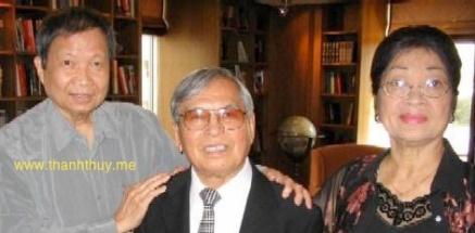 từ trái: Lê Dinh, Anh Bằng, Phu Nhân cố Nhạc Sĩ Minh Kỳ