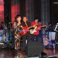 Xóm đêm (Phạm Đình Chương), qua tiếng hát Thanh Thúy, Hoàng Liêm: bè & guitar, hòa âm: Lê Văn Thiện