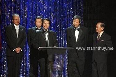 từ trái: Nam Lộc, Ngọc Chánh, Nhật Ngân, Lê Dinh, Huỳnh Anh
