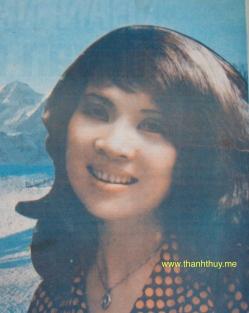"""Ảnh Thanh Thúy, trên bìa tờ nhạc """"Ngàn năm tình vẫn đẹp"""" của Ngân Giang. Ảnh trích từ bộ sưu tập các tờ nhạc do Tuyết Ly sưu tầm và gởi tặng."""