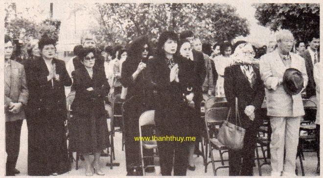 Linh Thư, Quỳnh Như, Túy Hồng, Mai Lệ Huyền, Phương Hồng Quế.