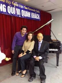 Nhạc sĩ Hồ Xuân Mai và vợ con. Đây là thời gian Ông biết mình bị ung thư và sức khỏe kém dần.
