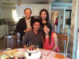 Dù đau ốm nhưng lòng người nhạc sĩ vẫn vui bởi Ông luôn được gia đình săn sóc quan tâm
