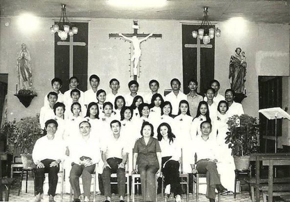 Ns Đăng Tiến, ns Hùng Lân với ca đoàn Lộ Đức (1973)