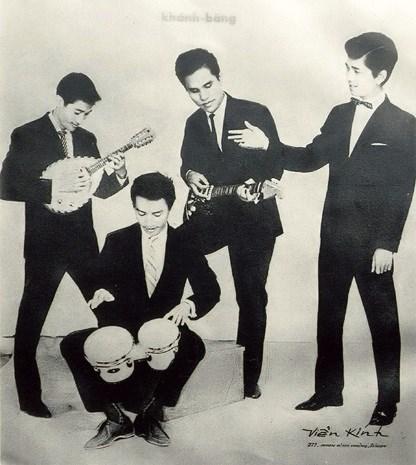 Ban nhạc Khánh Băng với Lê Duyên, Khánh Băng, Phùng Trọng, Duy Mỹ