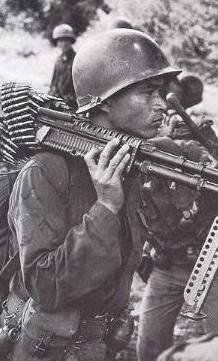 Người lính VNCH: biểu tượng cho sự chịu đựng gan dạ và bền bỉ trong cuộc chiến chống cộng ròng rã suốt 3 thập niên.