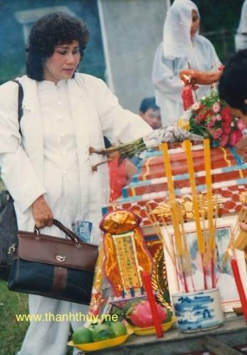 Người vợ trước của nhạc sĩ Trúc Phương cũng lo rất nhiều cho phần hậu sự của nhạc sĩ Trúc Phương