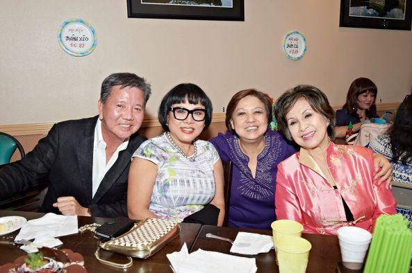 Từ trái sang phải: Thành, Cát Phương, Minh Phương, Phượng Khanh
