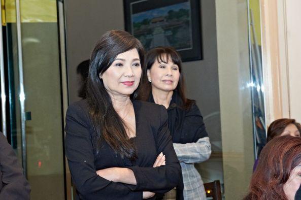 Ngọc Đan Thanh, Phương Hồng Quế thưởng thức bạn bè hát cho nhau nghe