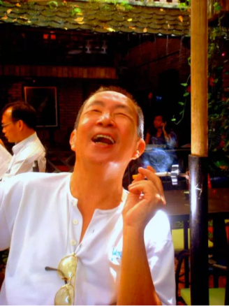 Dương Nghiễm Mậu. 2011