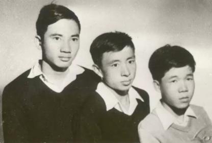 Từ trái: Đỗ Quý Toàn, Dương Nghiễm Mậu, Trần Dạ Từ (1957)