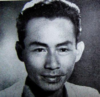 Họa sĩ Thái Văn Ngôn chuyên vẽ bìa báo Xuân Sài Gòn xưa với hình ảnh các thiếu nữ đẹp được giới bình dân ưa chuộng